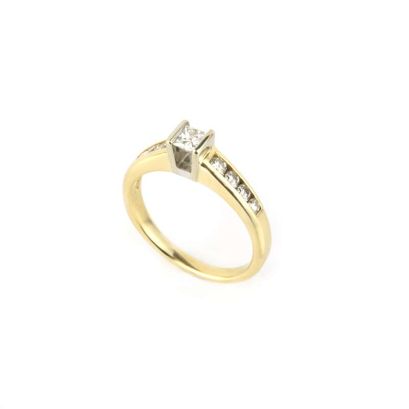 18k Yellow Gold Princess Cut Diamond Ring 0.33ct H/VS2